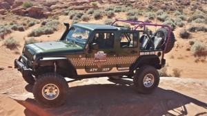 ZCORT_Jeep_6-Passenger